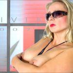 Lady Vivia 1